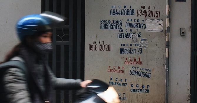 Báo nước ngoài viết về vấn nạn quảng cáo khoan cắt bê tông ở Hà Nội