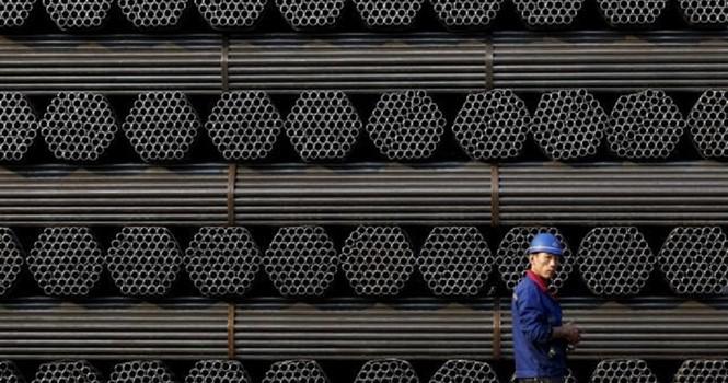 """Nhà máy thép """"xác sống"""" Trung Quốc trầm trọng hóa dư cung thế giới"""
