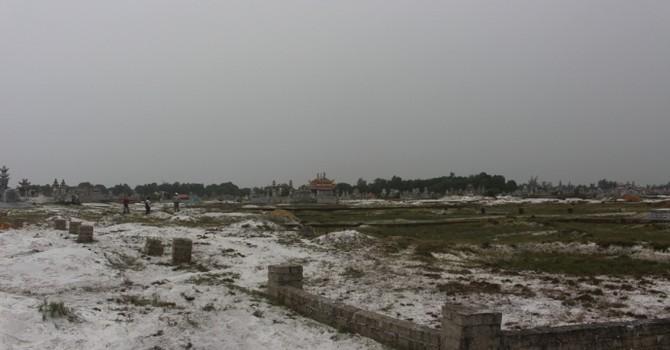 """Thừa Thiên - Huế: Đua nhau lập """"mộ gió"""", chiếm đất trái phép"""