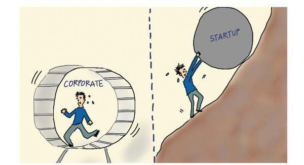 """Làm việc ở công ty lớn với startup: Bạn chọn """"răm rắp"""" vâng dạ theo sếp hay tự làm tự chịu?"""