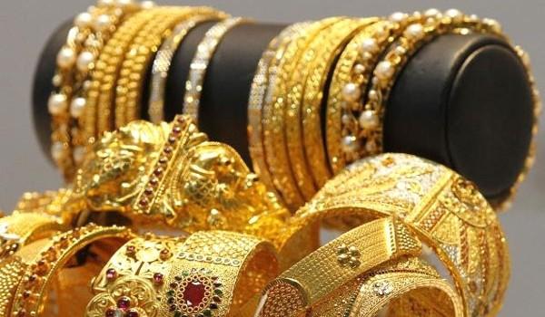 Vàng đang bị xuất lậu ra nước ngoài