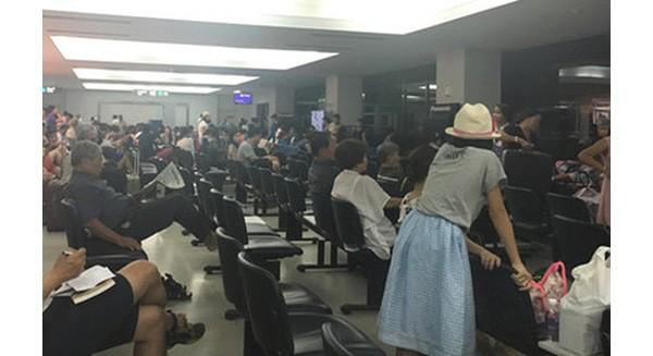 Máy bay Vietnam Airlines bay từ Đà Nẵng tới Hà Nội lại hạ cánh tại Lào