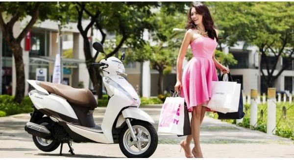 Mỗi năm ế hơn 300.000 chiếc xe máy, Honda Việt Nam đang đứng ngồi không yên?