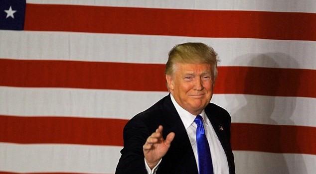 """Người dân Mỹ bắt đầu """"quay lưng"""" với Donald Trump?"""