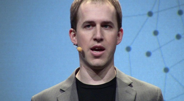 Twitter bất ngờ chiêu mộ cựu giám đốc công nghệ của đối thủ Facebook
