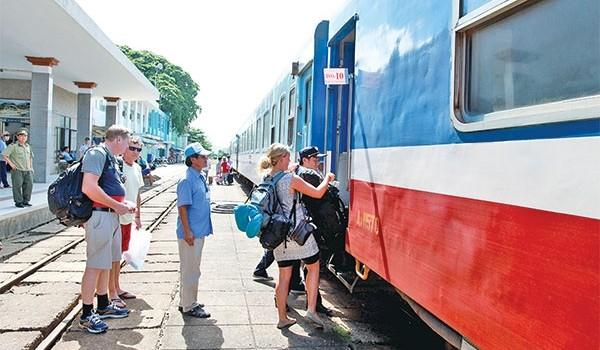 Vì sao kinh doanh vận tải đường sắt giảm sút?