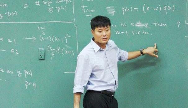 GS Vũ Hà Văn: Thay đổi cách tuyển dụng mới hút được nhân tài