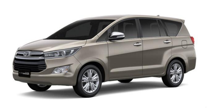 Giá gần 1 tỷ đồng, mua Toyota Innova liệu có đáng?
