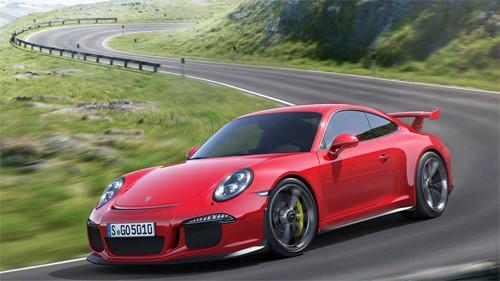 Porsche gửi tin nhắn giễu cợt Honda