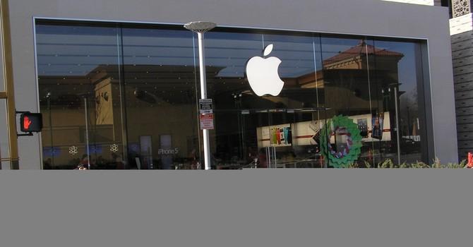Apple còn gì dưới triều đại Tim Cook?