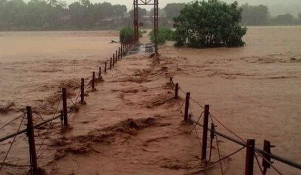 Cận cảnh lũ lớn tại tỉnh Lào Cai, 10 người mất tích