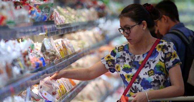 """""""Bom"""" thực phẩm nhiễm chì: Quyết liệt chặn từ gốc"""