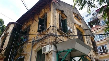 Nhà cũ, cổ chờ sập, chính quyền bế tắc