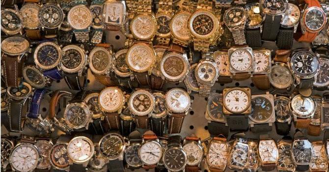 Thị trường 24h: Đồng hồ giả mua 100 nghìn bán  4 triệu đồng?