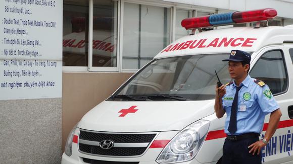 Hơn 30 dịch vụ thuê khoán trong bệnh viện: Chưa có quy định chung trên cả nước