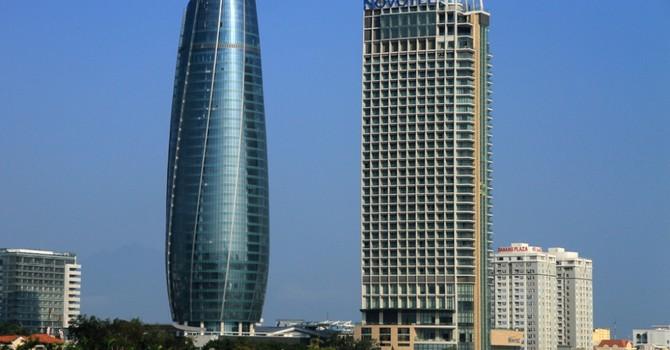 """Phó bí thư Đà Nẵng: """"Lãnh đạo đâu kém đến mức để lãng phí tòa nhà 2.000 tỷ"""""""