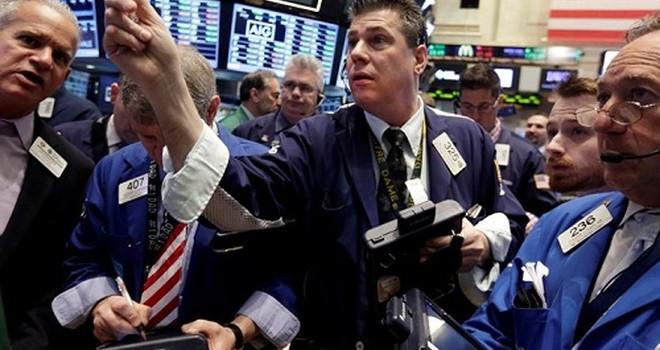 """Có bao nhiêu """"Sói già phố Wall"""" trên thị trường chứng khoán Việt?"""