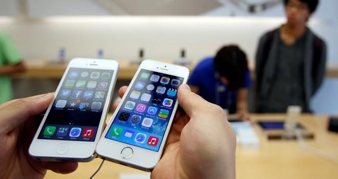 iPhone 5S vẫn bán chạy hơn bất kỳ bom tấn nào ở Việt Nam