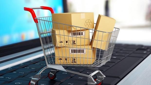 """Nhà bán lẻ trực tuyến châu Âu """"thờ ơ"""" với khách hàng?"""
