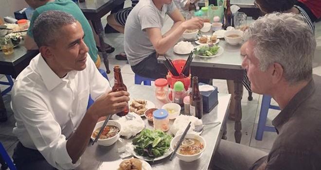 Obama ăn bún chả ở Hà Nội: Kịch bản giữ kín suốt một năm
