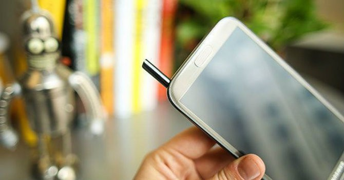 Sau Note 7, Samsung Galaxy Note 2 phát nổ trên máy bay
