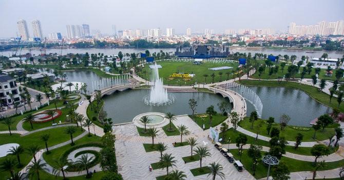 """Vingroup được tôn vinh """"tốt nhất Việt Nam"""" ở 3 giải thưởng bất động sản quốc tế"""