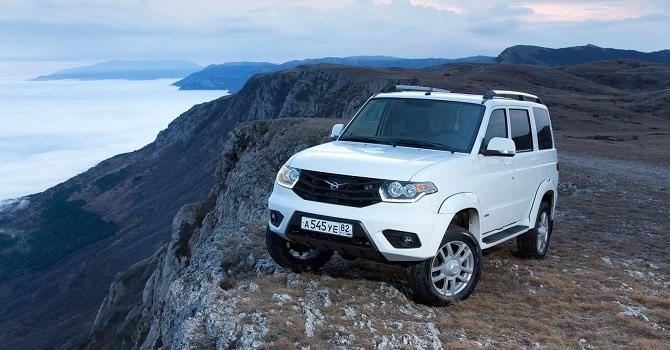 [Sự kiện công nghệ tuần] Xe ô tô Nga hưởng thuế 0% và câu hỏi ai sẽ mua?