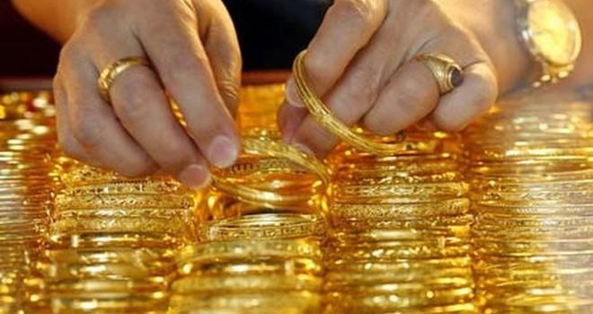 Hốt hoảng vì vàng, lỗ hơn 4 triệu đồng/lượng sau 3 tháng