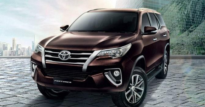 """Toyota Fortuner 2017 liệu có thoát khỏi biệt danh """"vua lật""""?"""