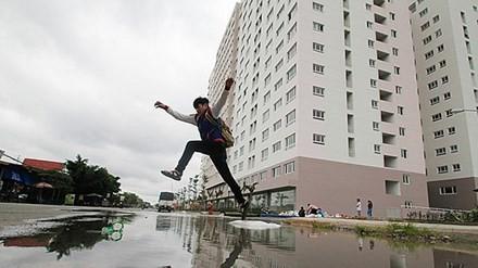 """TP.HCM: Mưa là ngập """"ám"""" bất động sản"""