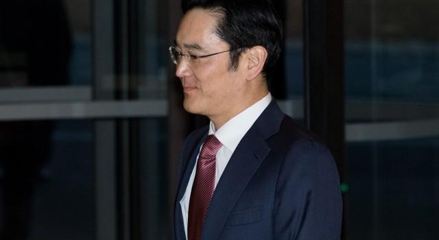 """Triều đại của """"thái tử Lee"""" tại Samsung đã bắt đầu!"""