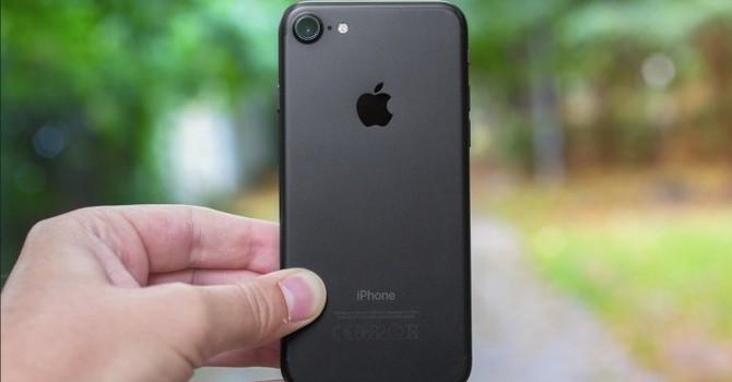 Doanh số iPhone 7 sắp lao dốc