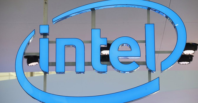 Intel cắt giảm nhân sự, rời bỏ mảng thiết bị đeo?