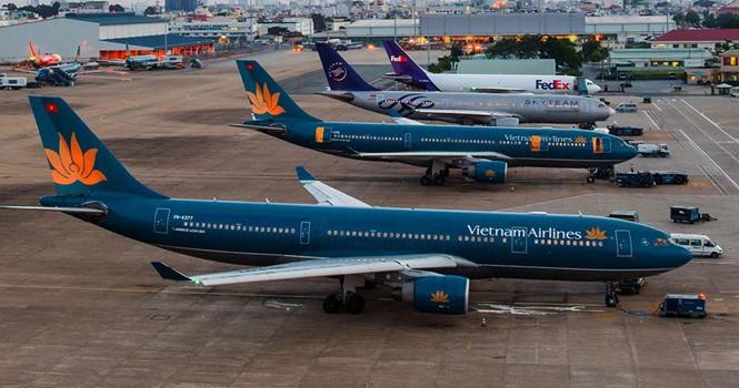 Sân bay quá tải, hàng không ép giảm chuyến