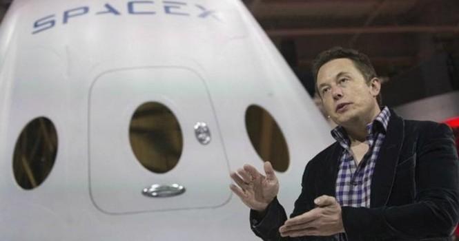 Tỷ phú Elon Musk: Lao động cực nhọc trước khi vào đại học danh giá