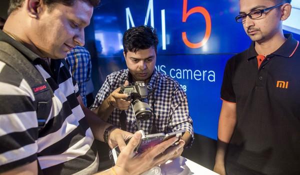 """Thất bại thảm hại ở thị trường quê nhà nhưng Xiaomi lại đang """"phất"""" ở Ấn Độ"""