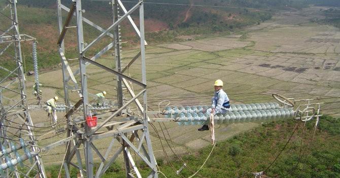 Quyết liệt từ đầu năm để đảm bảo điện cho miền Nam
