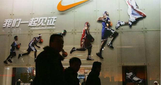 Nike bị cáo buộc quảng cáo sai sự thật