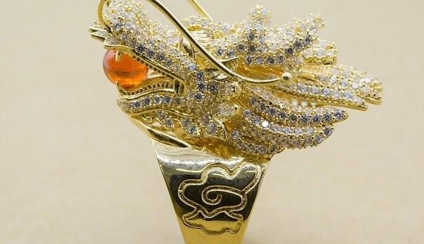 """Vàng ế, """"thoát hiểm"""" nhờ trang sức du lịch, vàng phong thủy"""