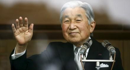 Nhật hoàng Akihito phá vỡ quy tắc truyền thống, thoái vị