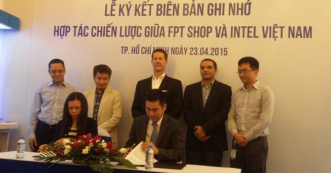 FPT Shop ký hợp tác chiến lược với Intel