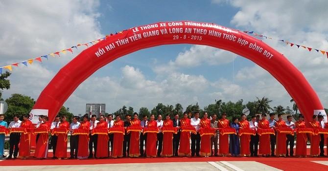 [Ảnh] Chính thức thông xe Cầu Mỹ Lợi nối hai tỉnh Tiền Giang và Long An