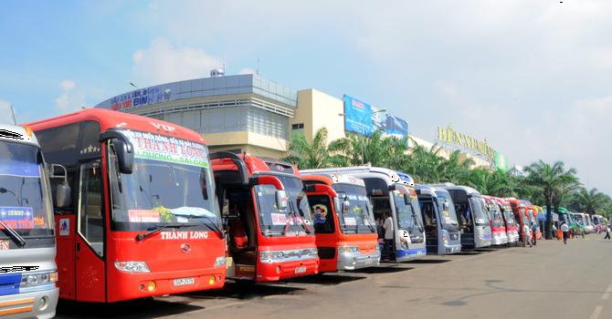 Hôm nay, Bến xe Miền Đông chính thức bán vé Tết Bính Thân qua mạng