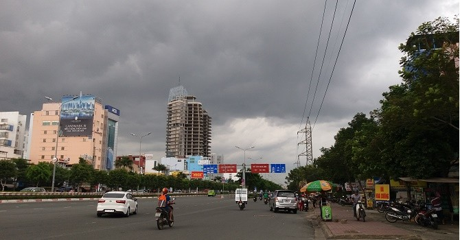 """Những dự án """"chết"""" ngay ở cửa ngõ trung tâm Sài Gòn"""