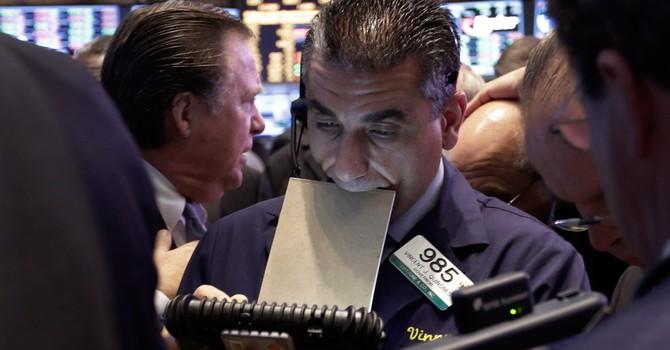 Chứng khoán tăng phiên thứ 5 liên tiếp, S&P 500 chốt đỉnh mọi thời đại