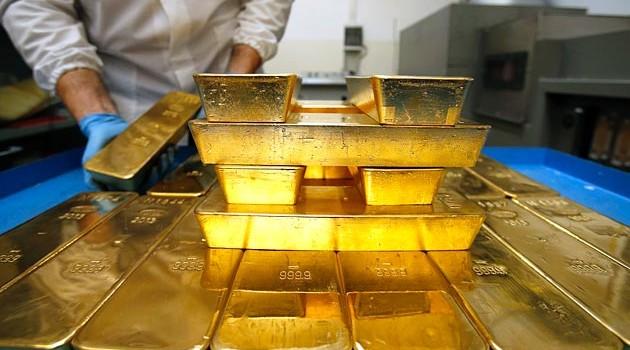 """Giá vàng """"đi giật lùi"""" trước các rủi ro kinh tế thế giới"""