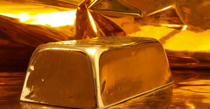 Giá vàng nối dài đà giảm mạnh nhất hơn 3 năm