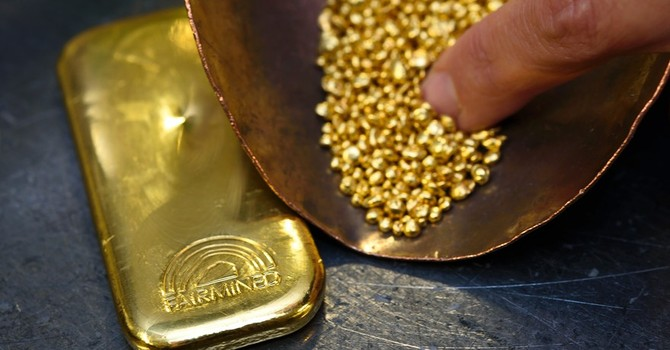 Giá vàng tiếp tục hồi phục khi bạc xanh ngừng tăng giá