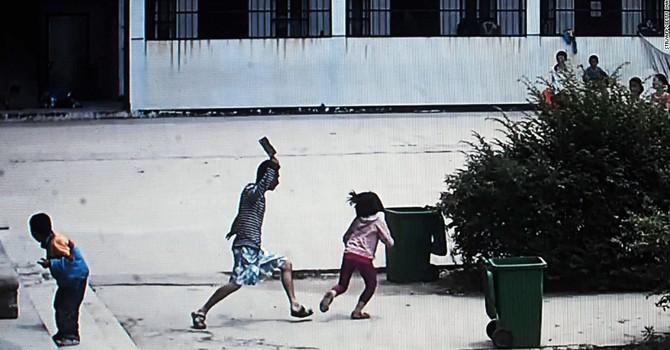 [Ảnh] Ấn tượng 7 ngày: Tội phạm Trung Quốc vác dao chém trẻ, Brazil rực rỡ cờ hoa
