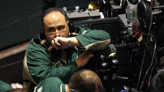 Chứng khoán Mỹ giảm điểm sau số liệu kinh tế gây thất vọng